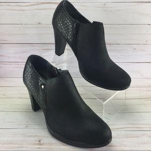 Rialto Phiona Black Booties Size 9